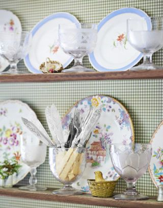 floral china and classic fish knives