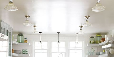 kitchen-lighting-ideas-clear-glass-pendants