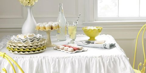 white ruffle linen tablecloth