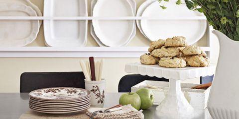 Serveware, Dishware, Porcelain, Ceramic, Tableware, earthenware, Shelving, Shelf, Home accessories, Pottery,