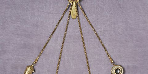 A Composed Chatelaine