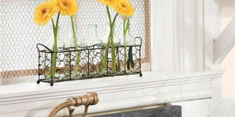 Yellow, Petal, Flower, Cut flowers, Flower Arranging, Flowering plant, Floristry, Artificial flower, Floral design, Creative arts,