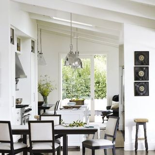 White decorating books decorating with white for Casual kitchen design ideas