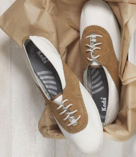 Footwear, Brown, Shoe, White, Tan, Walking shoe, Beige, Brand, Skate shoe,