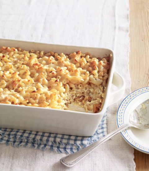 macaroni and gruyere cheese