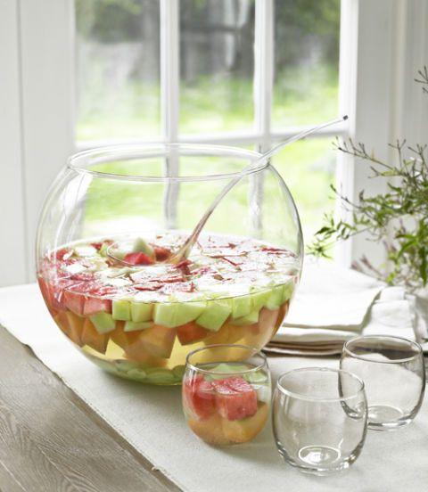 Glass, Serveware, Drinkware, Food, Tableware, Produce, Transparent material, Sweetness, Stemware, Barware,