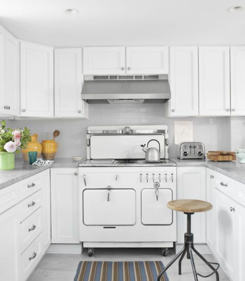 Kitchen Remodel White: 22 Kitchen Makeover Before & Afters