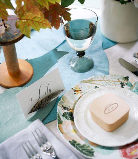 Serveware, Dishware, Green, Leaf, Tableware, Glass, Teal, Plate, Turquoise, Aqua,
