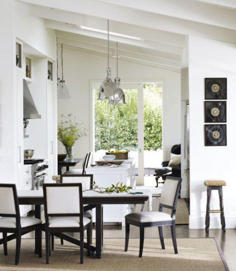 Beau Contemporary Dining Room