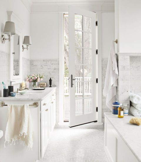 . 30 White Bathroom Ideas   Decorating with White for Bathrooms