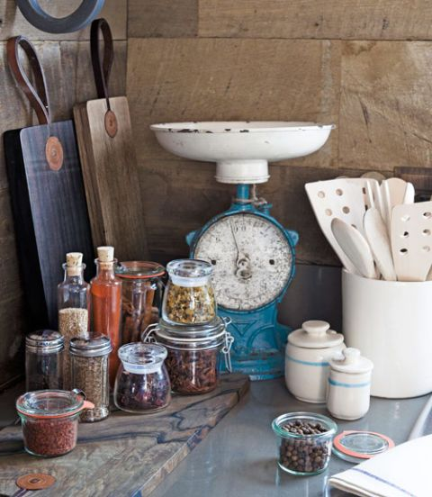 glass kitchen spice jars