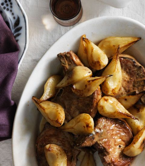 pan seared pork chops with rosemary and pears