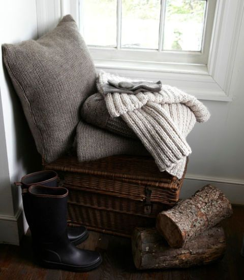 Wood, Brown, Room, Interior design, Hardwood, Club chair, Armrest, Daylighting, Wicker, Cushion,
