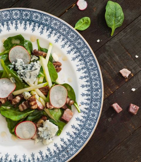 spinach salad with bacon blue cheese and bourbon vinaigrette