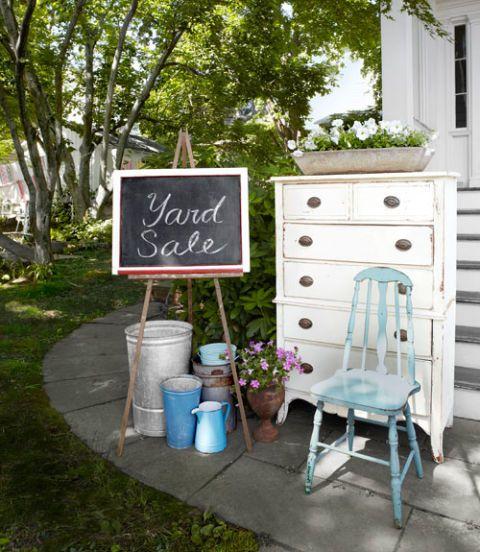 yard-sale-chair-0513-lgn.jpg