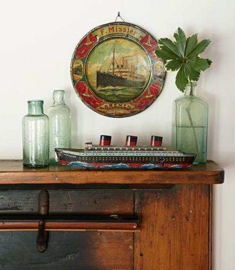 Wood, Wood stain, Bottle, Hardwood, Varnish, Drinkware, Glass bottle, Still life photography, Plastic bottle, Vase,