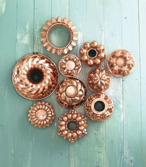 Teal, Turquoise, Metal, Circle, Household hardware, Copper, Hardware accessory, Bronze, Brass, Door handle,