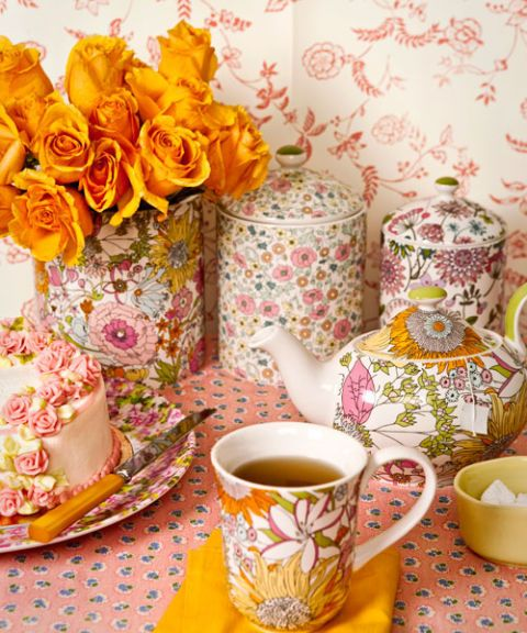 floral tea cups tea pot yellow flowers