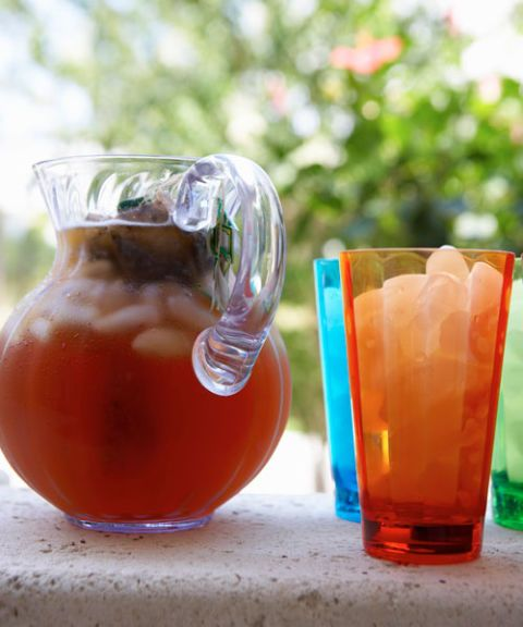 pitcher iced tea cups