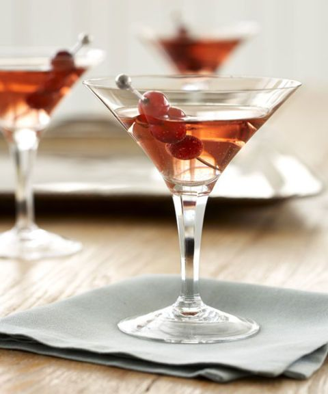 cocktail glass red drink cranberry skewer