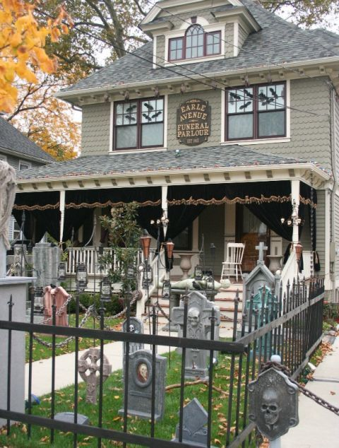 How To Decorate Outside House For Halloween Simple Design Ideas