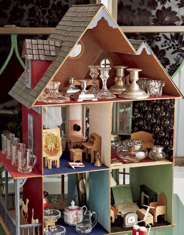 a dollhouse at the Barometer boutique