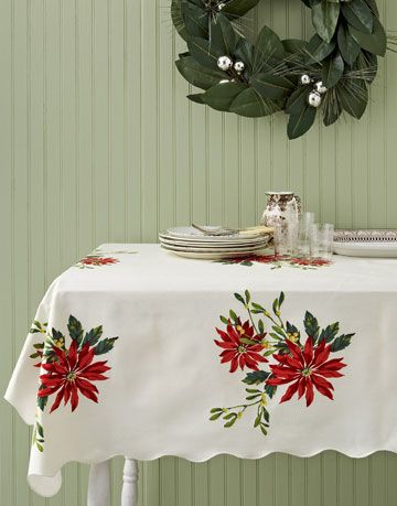 poinsettias tablecoth