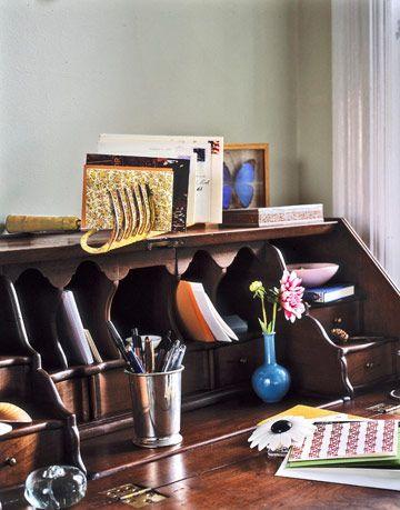 hand rake as desk organizer