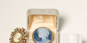victorian cameo rings