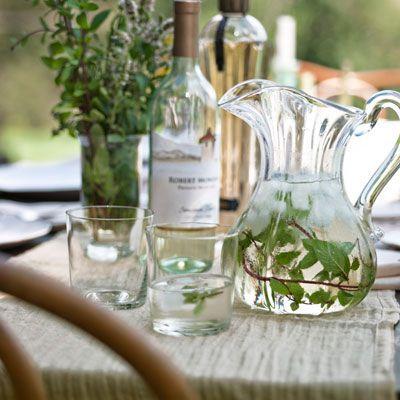 elderflower wine cocktail