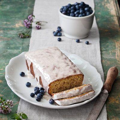 pistachio cardamom pound cake