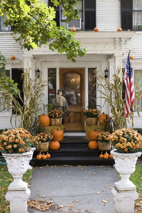 55 Best Outdoor Halloween Decorations Cheap Halloween Yard And