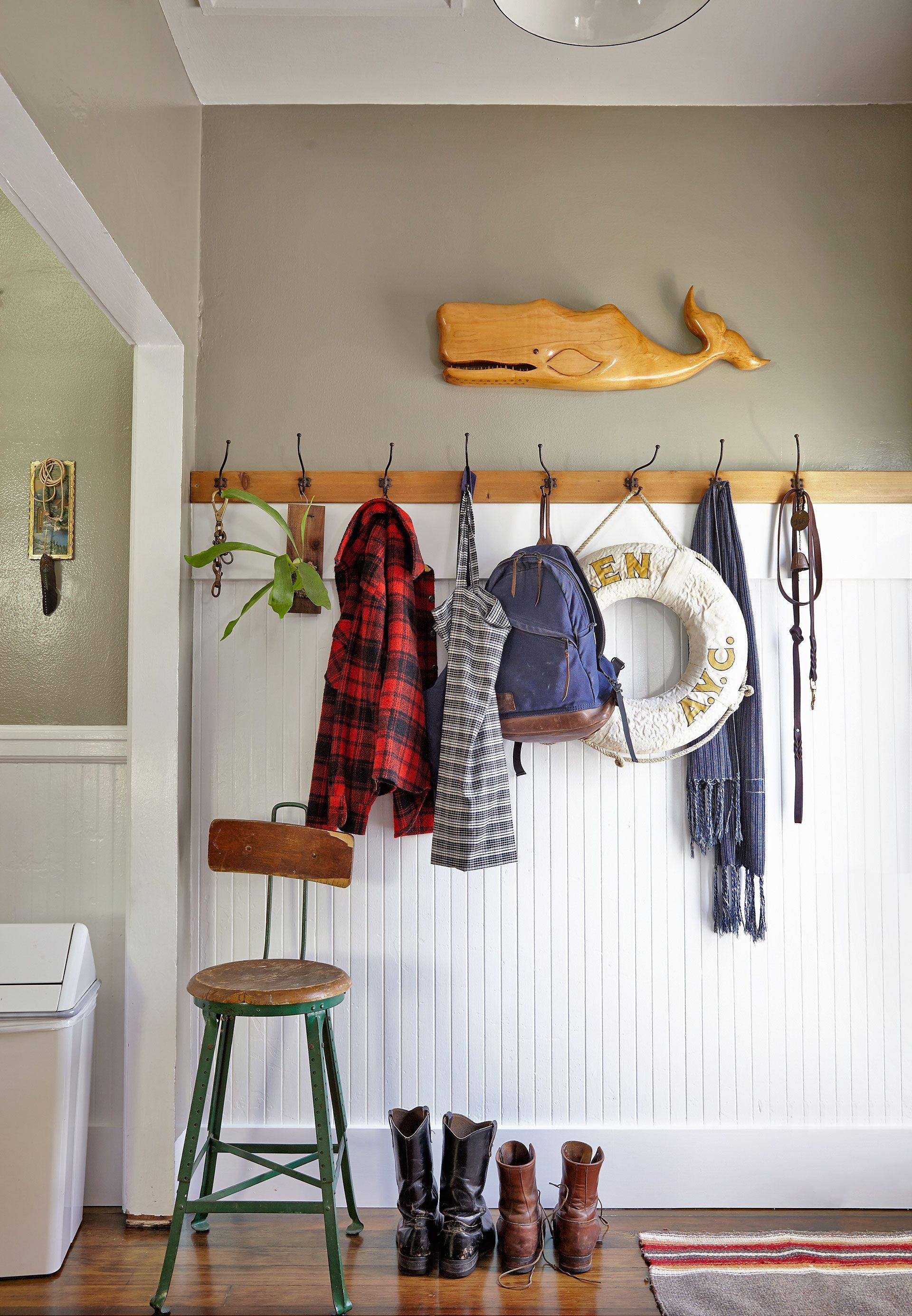 Mud Room Ideas - Decorating a Mud or Laundry Room