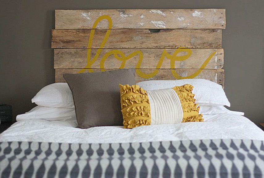 21 DIY Romantic Bedroom Decorating Ideas