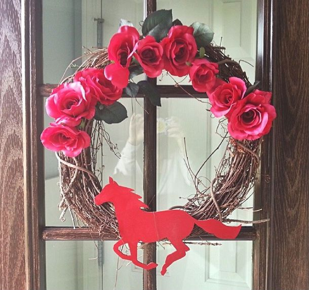 Kentucky Derby Wreath Easy And Inexpensive Kentucky Derby Decor