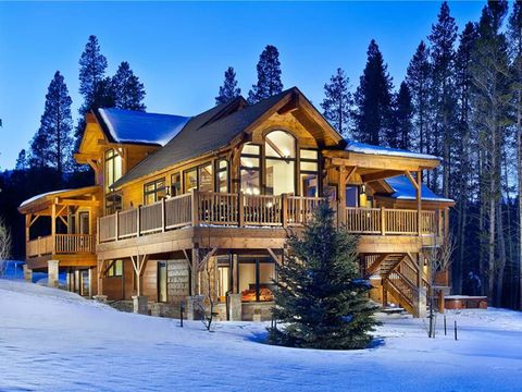 luxury ski chalet rentals homeaway rentals. Black Bedroom Furniture Sets. Home Design Ideas