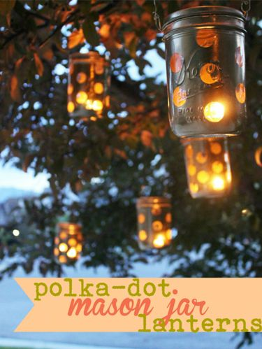 Lighting, Amber, Light, Orange, Twig, Lantern, Heat, Christmas decoration, Lighting accessory, Photo caption,