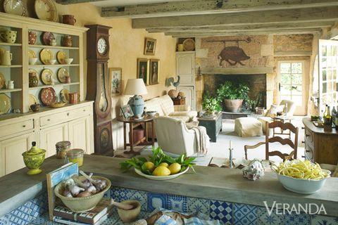 Interior design, Room, Table, Furniture, Dishware, Ceiling, Interior design, Home, Serveware, Living room,