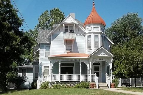 3 Amazingly Inexpensive Victorian Homes For Sale Historic Homes For Sale