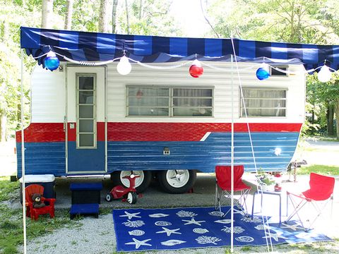 What Was The Inspiration For Camper S Patriotic Color Scheme My Vision About Summer Memories Laurie Writes