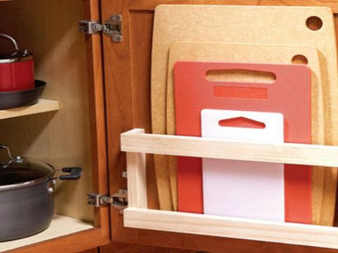 Wood, Wood stain, Hardwood, Tan, Cookware and bakeware, Household hardware, Plywood, Handle, Stock pot, Varnish,