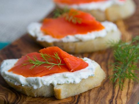 Food, Finger food, Ingredient, Canapé, Cuisine, Dish, Cream cheese, Garnish, Meal, appetizer,