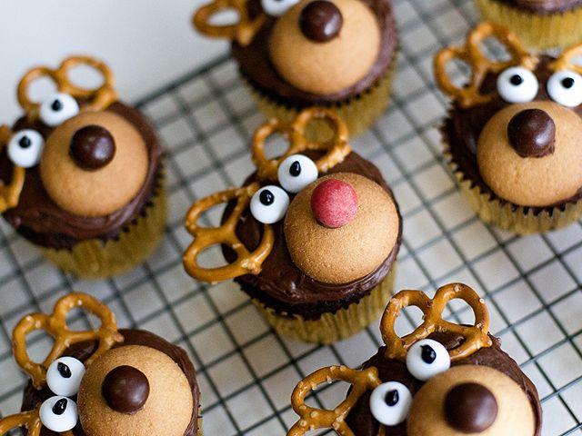 35 easy christmas treats ideas recipes for holiday treats to make - Best Christmas Treats