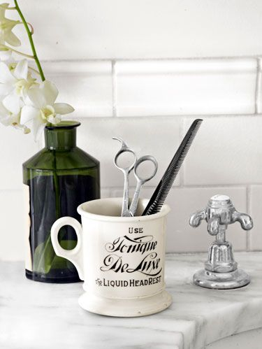 bathroom comb and scissors