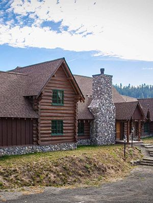 7 Rustic Log Homes for Sale - Historic Homes for Sale