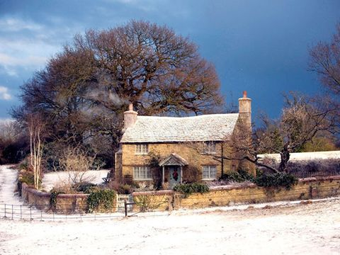 House, Winter, Sky, Property, Home, Rural area, Tree, Snow, Cottage, Building,