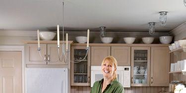 Wood, Lighting, Room, Floor, Flooring, Countertop, Wood flooring, Interior design, Kitchen, Light fixture,