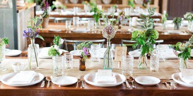 & 20 Stunning Rustic Wedding Ideas - Decorations for a Rustic Wedding