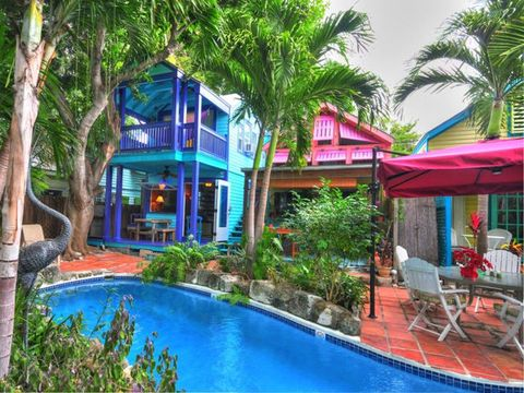 Plant, Property, Resort, Tree, Real estate, Swimming pool, Outdoor furniture, Outdoor table, Flowerpot, Home,
