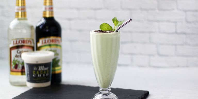 3 Boozy Ice Cream Cocktails To Make This Summer
